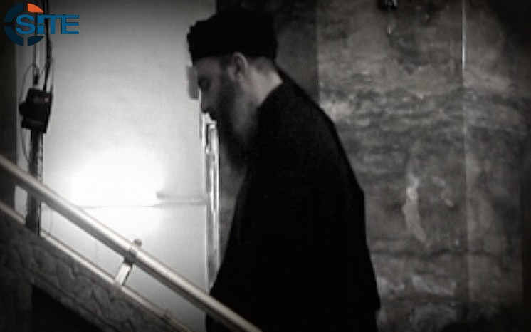 Baghdadi-walking-up-stairs.jpg