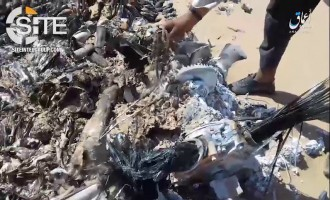 IS' 'Amaq Releases Video Showing Wreckage of Alleged Coalition Helicopter in Mosul
