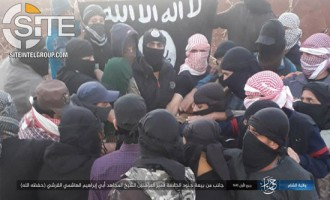 "IS Fighters in Daraa, Syria, Next to be Photographed Pledged to New ""Caliph"""