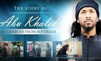 Australian Fighter Calls for Attacks in Australia in IS Video