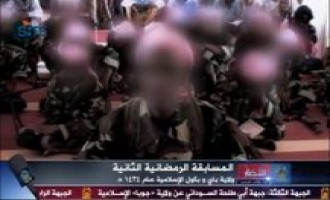 Shabaab Video Shows Qur'an Memorization Competition Between Fighters