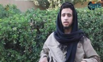 IS Fighter Lectures in Video on Leadership, Warns Against Unjust Rule