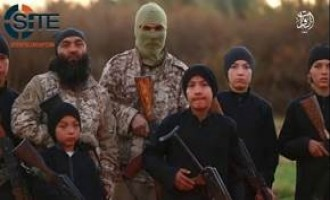 IS Video Highlights Uyghur Fighters and Children, Training Camps in Western Iraq