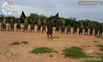 Al-Qaeda's Mali Branch Photographs Fighters in Battlefield