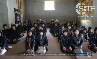 IS' Khorasan Province Photographs its Distributing Gifts to Orphaned Children