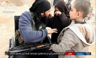 IS Supporters Highlight Disabled Fighter in Syrian Battlefield to Shame the Able-Bodied