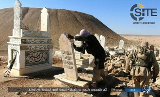 IS Publishes Photos of Destroying Gravesite in Idlib