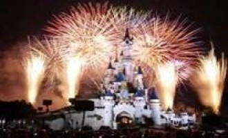 Pro-IS Jihadists Discuss Disneyland Paris as Possible Lone-Wolf Target