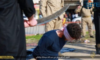 Islamic State Publishes Photos of Beheading of Two Men For Sodomy, One For Insulting Allah