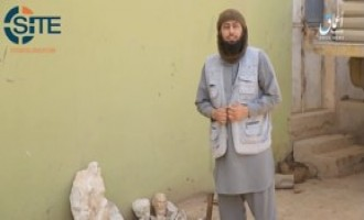 IS' 'Amaq Releases Video Showing Destruction of Antique Statues in Al Salhia region, Deir al-Zour