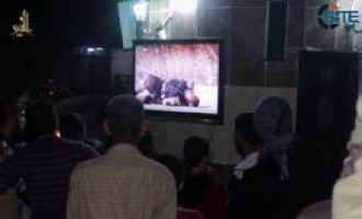 IS Video Shows Civilians at Media Viewing Point in Deir al-Zour