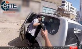 IS Division in Yemen Publishes Photos of Assassinating Security Officer in Aden