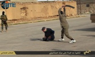 IS Photo Report Shows Public Beheading of Ismaili Man for Apostasy
